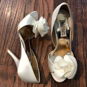 bcbad80c038b Badgley Mischka Shoes - Badgley Mischka Randall Pump - size 6